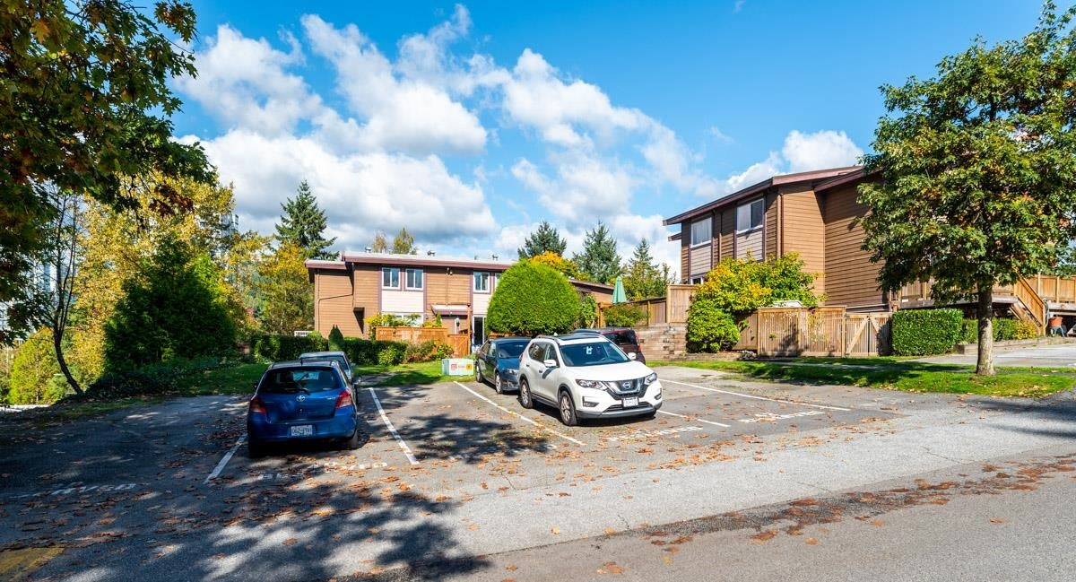 3 302 HIGHLAND WAY - North Shore Pt Moody Townhouse for sale, 2 Bedrooms (R2625661) - #33