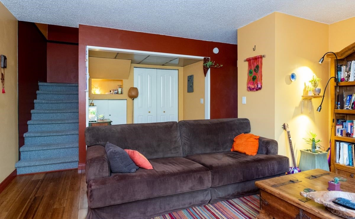 3 302 HIGHLAND WAY - North Shore Pt Moody Townhouse for sale, 2 Bedrooms (R2625661) - #9