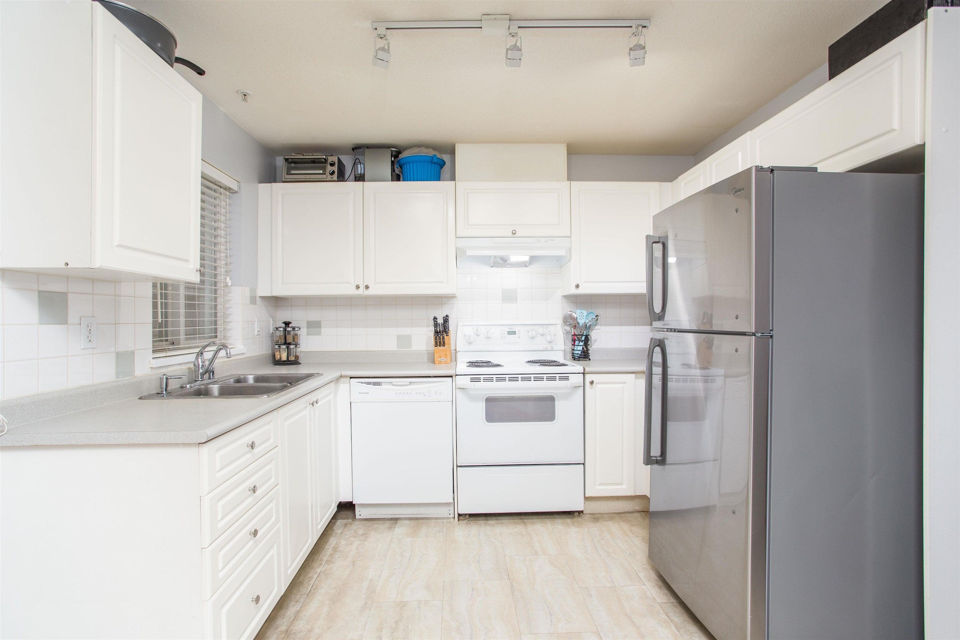 7 205 LEBLEU STREET - Maillardville Apartment/Condo for sale, 3 Bedrooms (R2625671) - #11