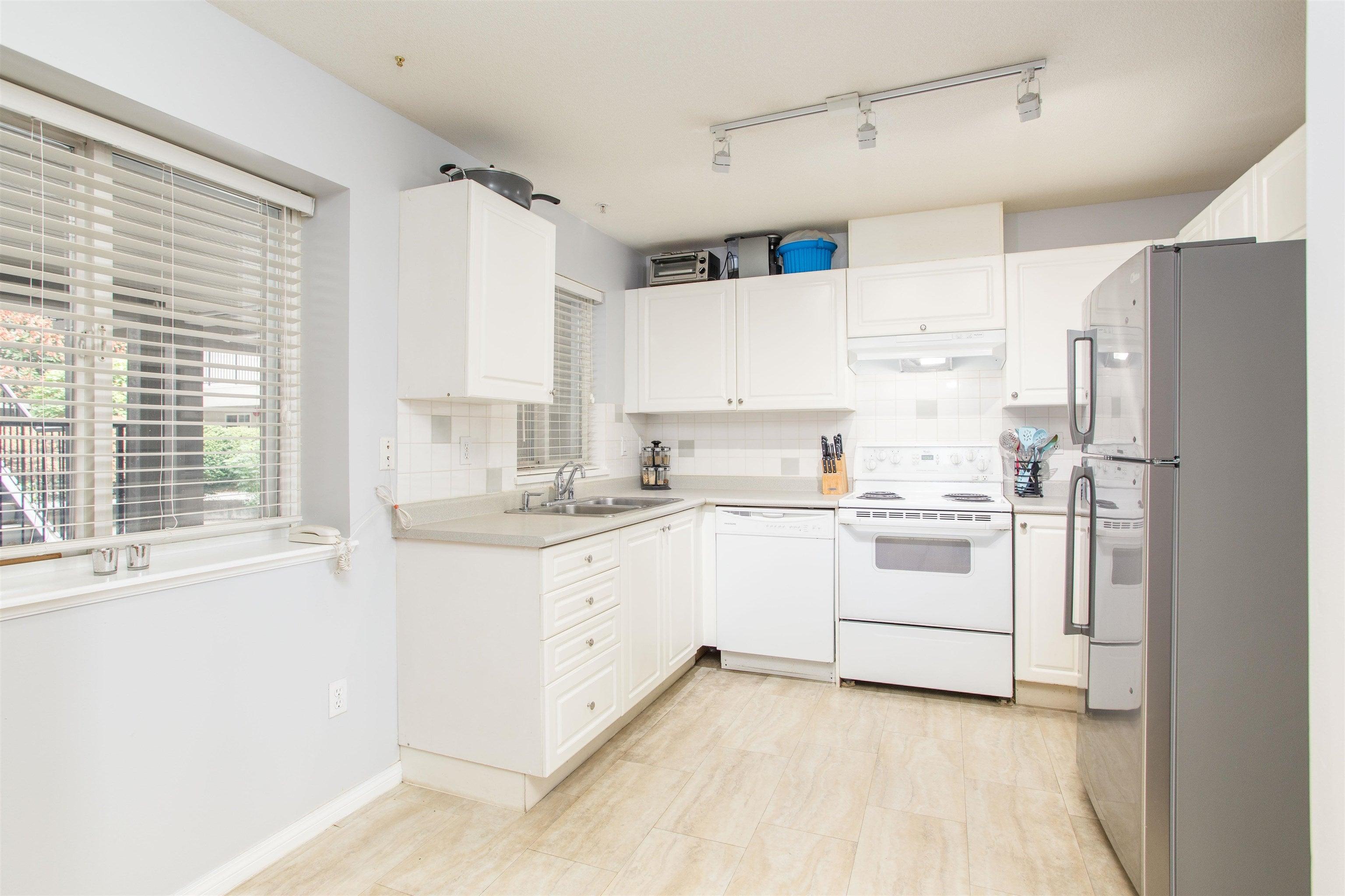 7 205 LEBLEU STREET - Maillardville Apartment/Condo for sale, 3 Bedrooms (R2625671) - #9