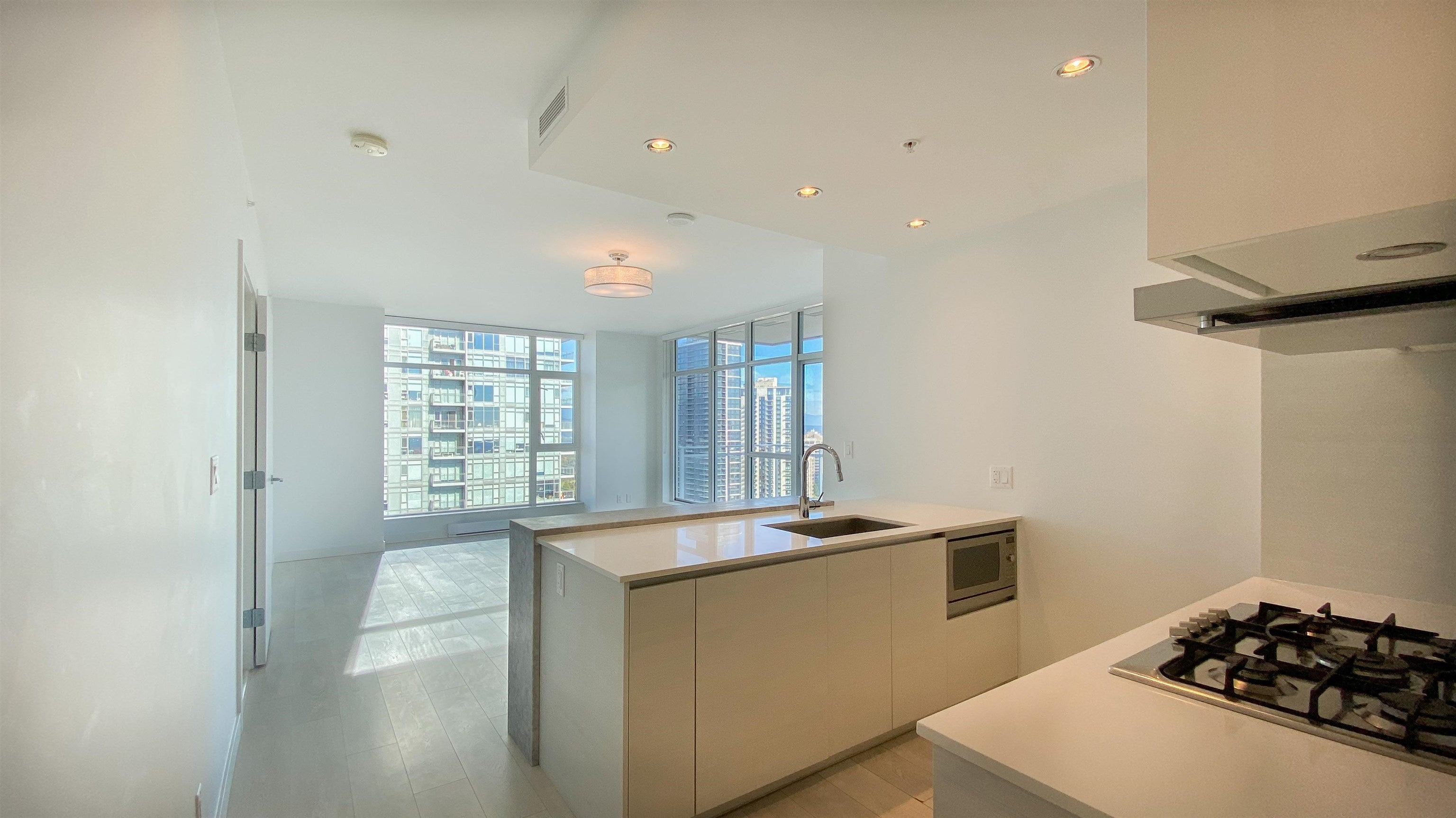 2510 4670 ASSEMBLY WAY - Metrotown Apartment/Condo for sale, 2 Bedrooms (R2625732) - #14