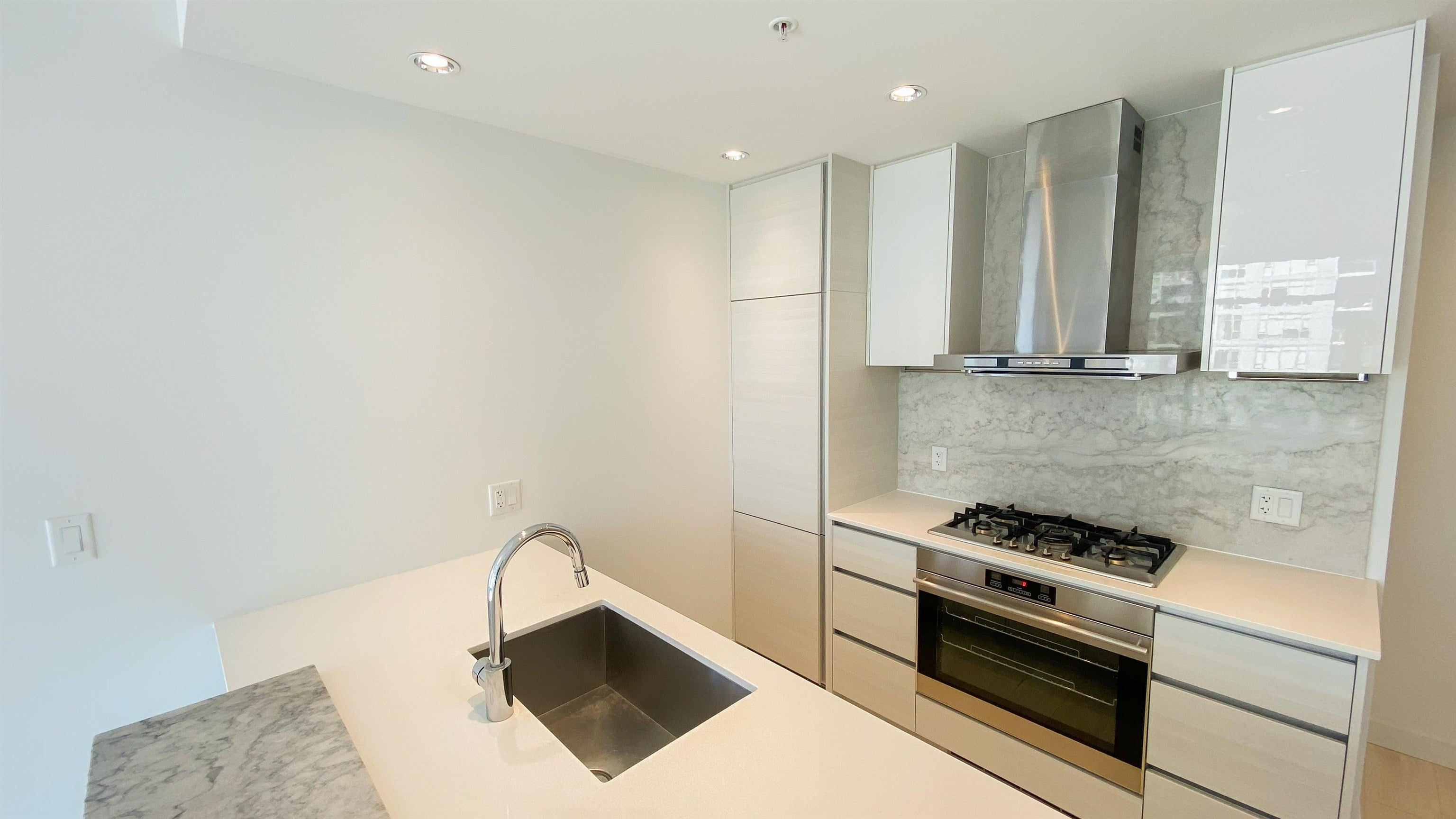 2510 4670 ASSEMBLY WAY - Metrotown Apartment/Condo for sale, 2 Bedrooms (R2625732) - #17