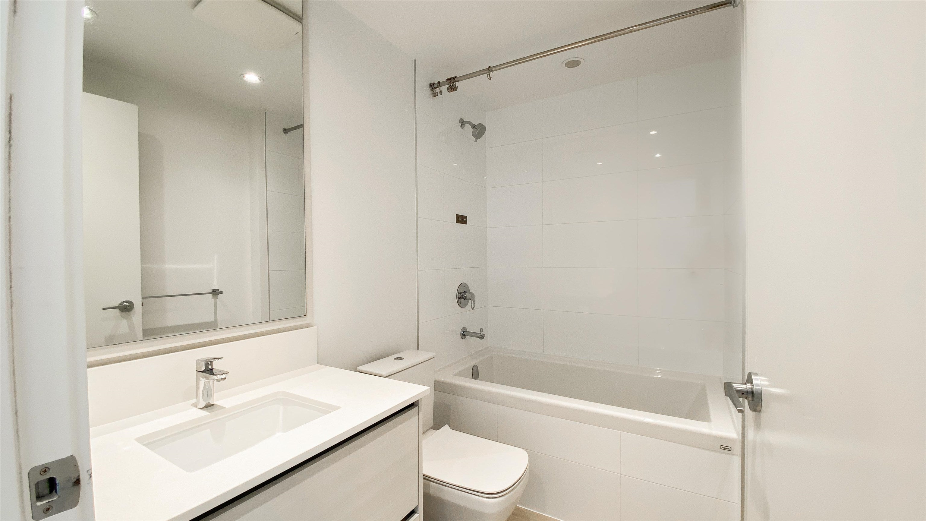 2510 4670 ASSEMBLY WAY - Metrotown Apartment/Condo for sale, 2 Bedrooms (R2625732) - #24