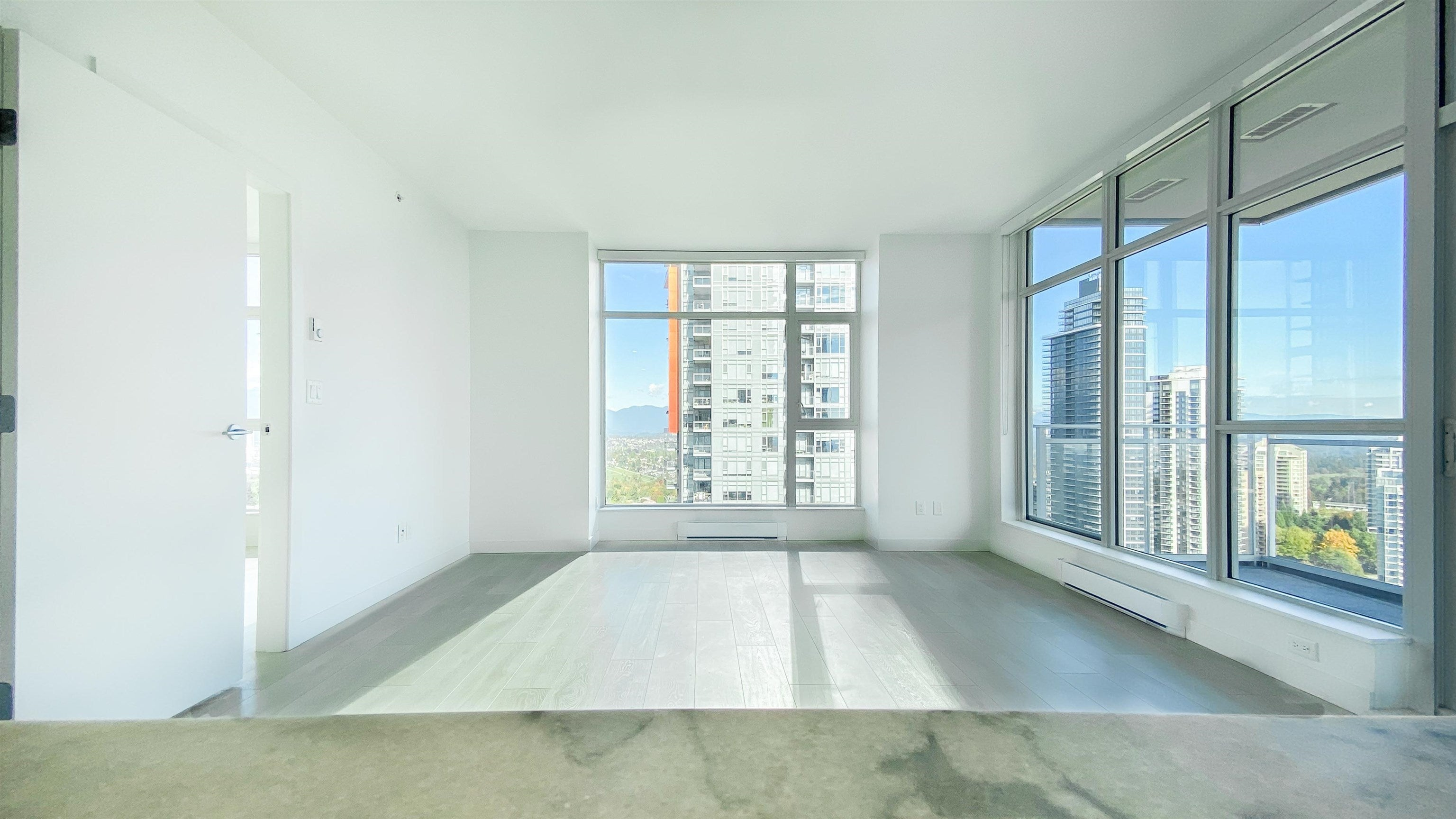 2510 4670 ASSEMBLY WAY - Metrotown Apartment/Condo for sale, 2 Bedrooms (R2625732) - #6