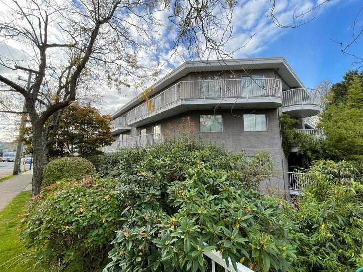 305 2023 FRANKLIN STREET - Hastings Apartment/Condo for sale, 1 Bedroom (R2625768)