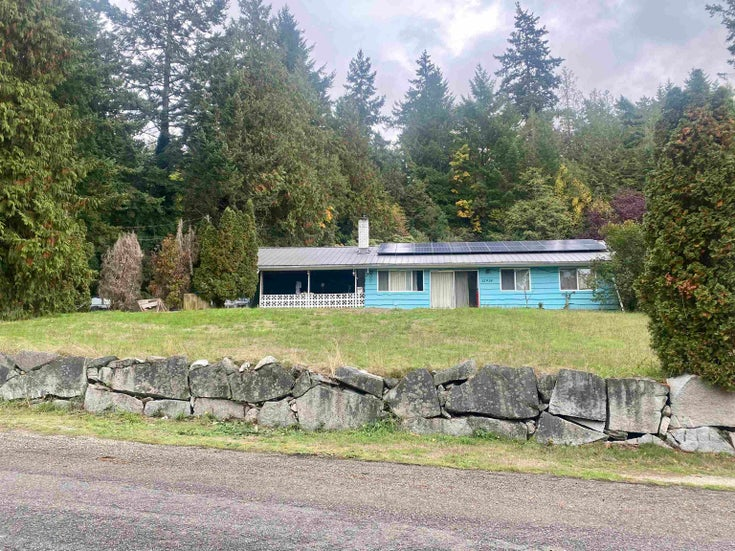 12918 FRONT ROAD - Pender Harbour Egmont House/Single Family for sale, 3 Bedrooms (R2625769)