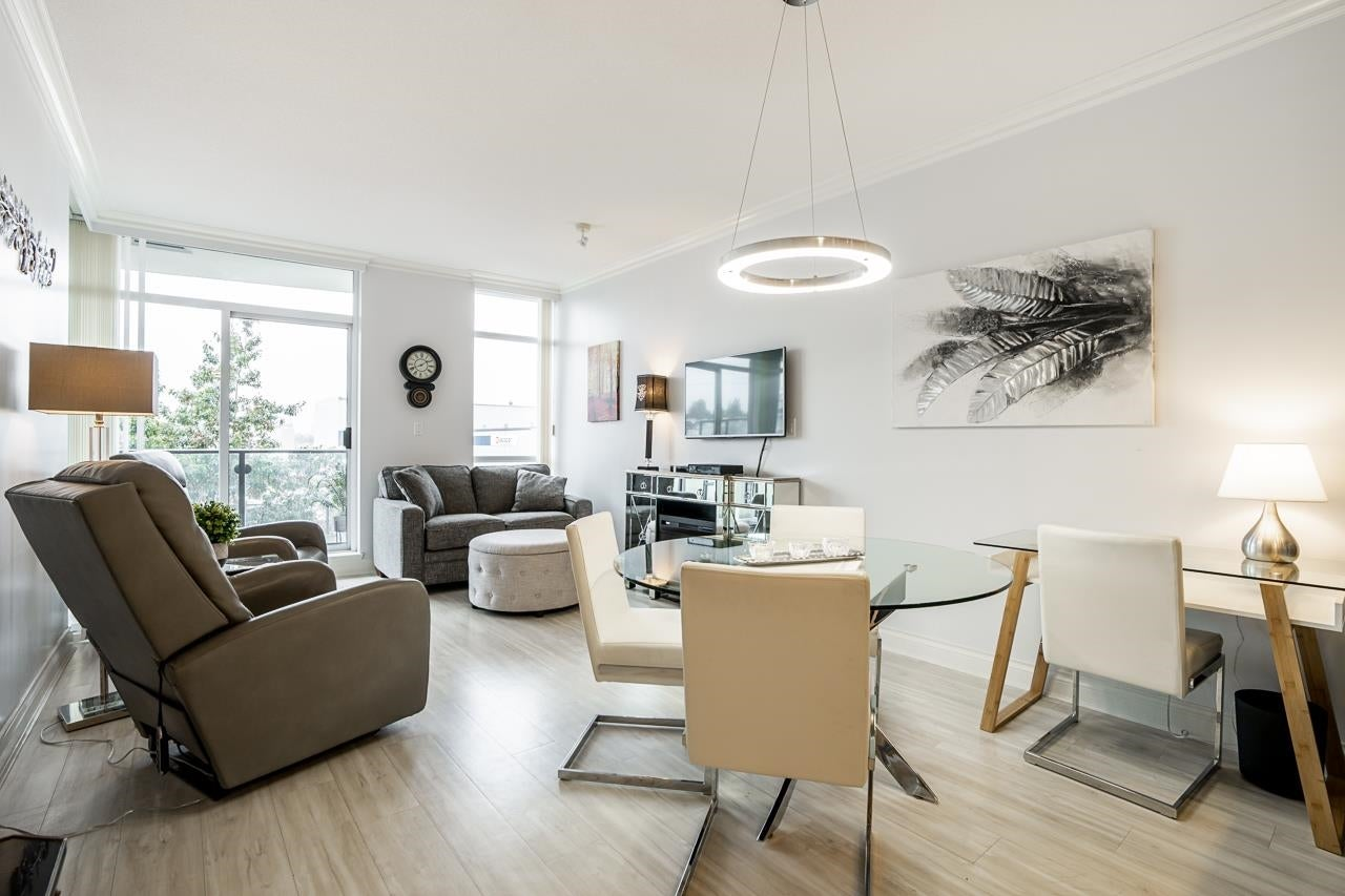 403 172 VICTORY SHIP WAY - Lower Lonsdale Apartment/Condo for sale, 1 Bedroom (R2625786) - #2
