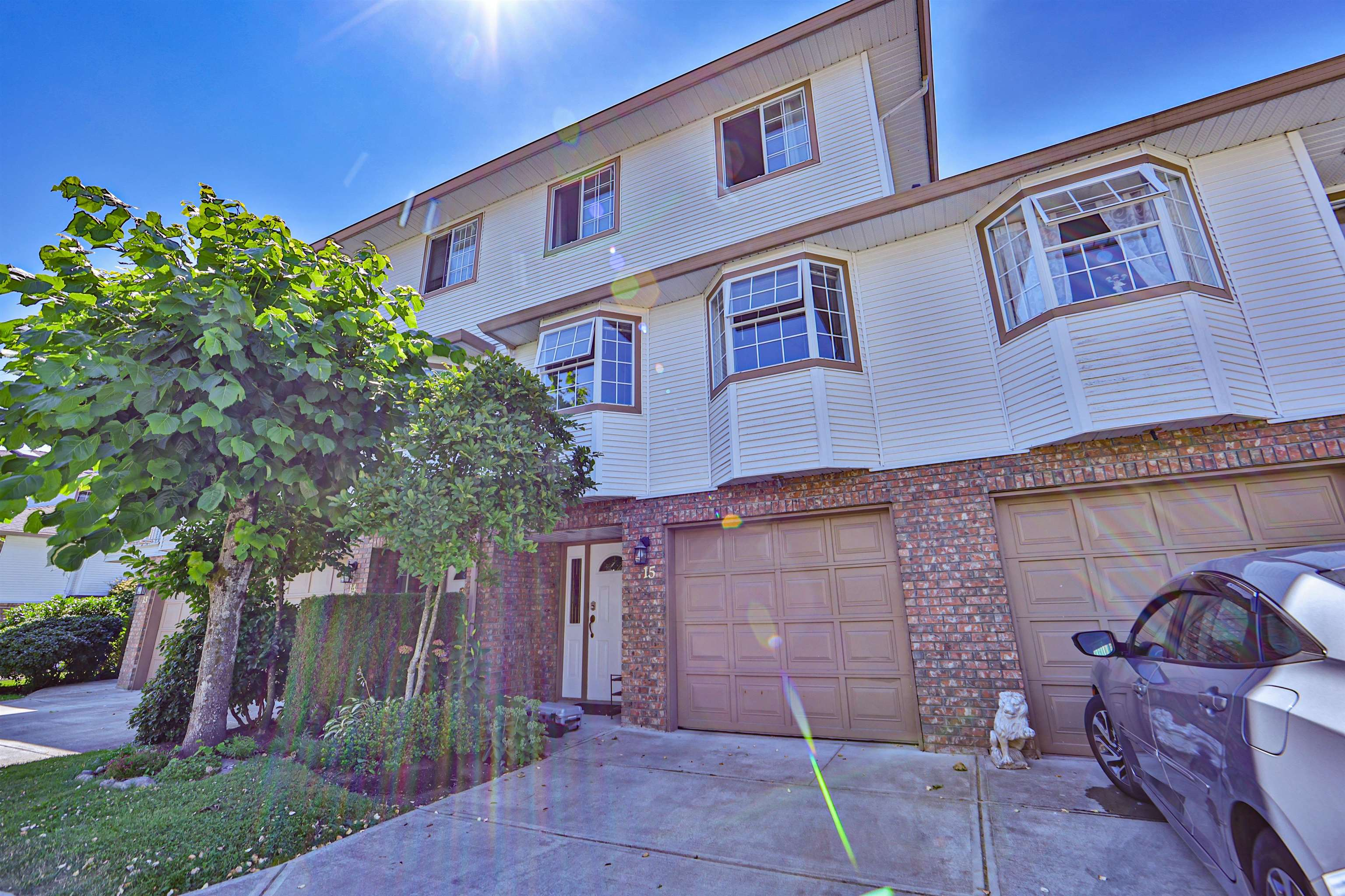 15 10045 154 STREET - Guildford Townhouse for sale, 4 Bedrooms (R2625826)