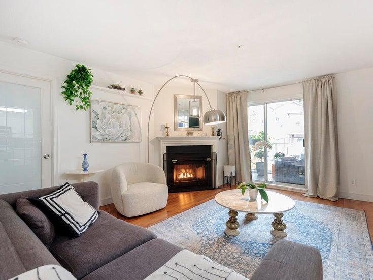 301 3680 RAE AVENUE - Collingwood VE Apartment/Condo for sale, 3 Bedrooms (R2626000)