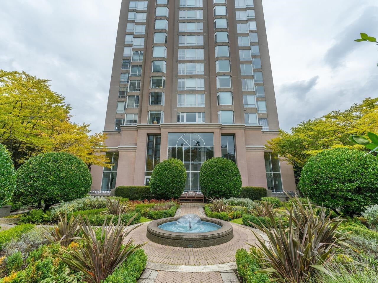 107 2628 ASH STREET - Fairview VW Apartment/Condo for sale, 1 Bedroom (R2626002)
