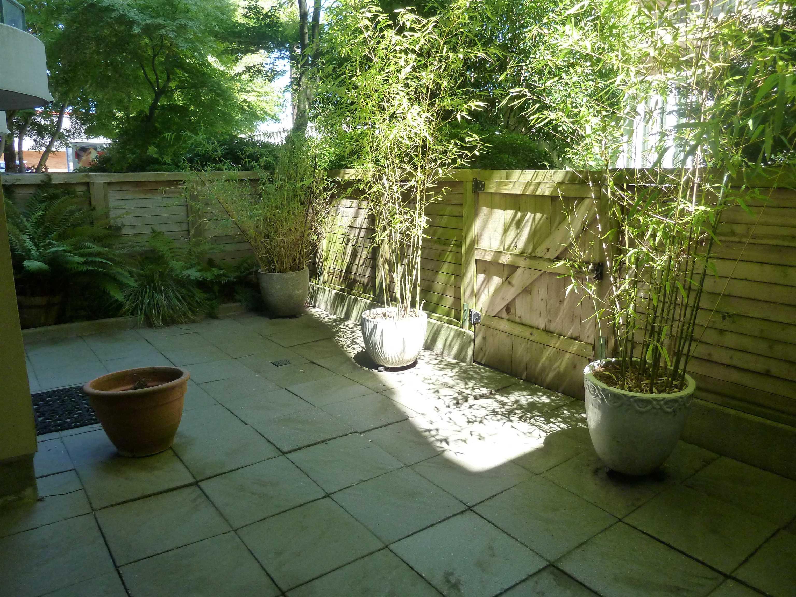 101 7380 ELMBRIDGE WAY - Brighouse Apartment/Condo for sale, 1 Bedroom (R2626004)