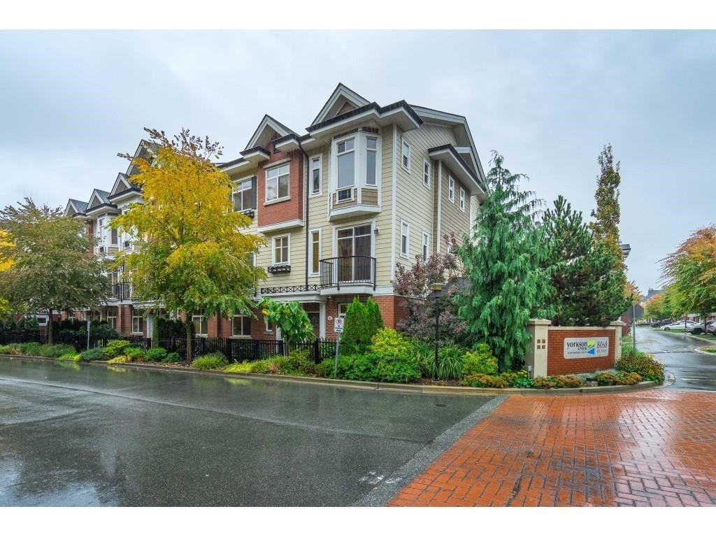 81 8068 207TH STREET - Willoughby Heights Townhouse for sale, 3 Bedrooms (R2626038)