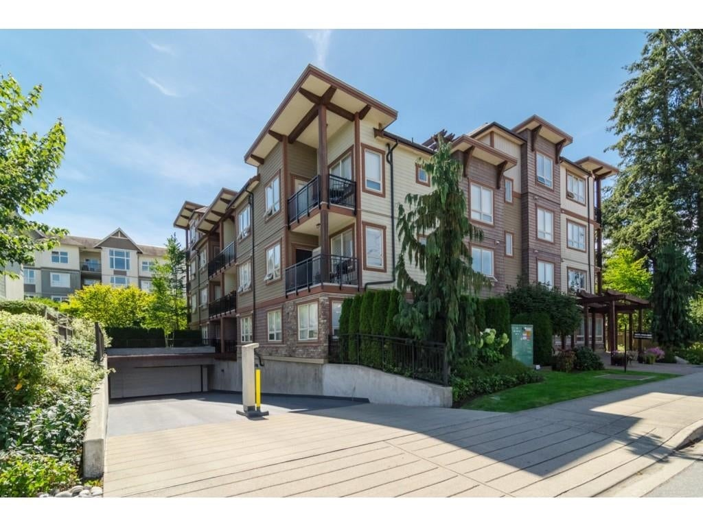 401 15268 18 AVENUE - King George Corridor Apartment/Condo for sale, 2 Bedrooms (R2626087)