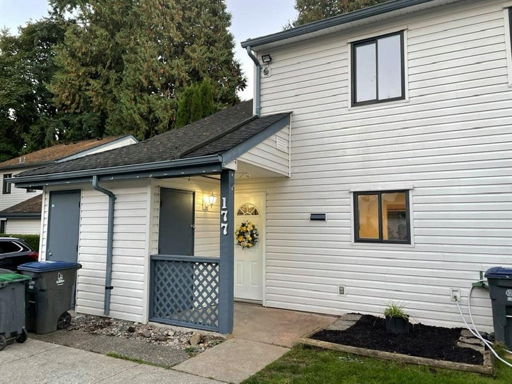 177 13738 67 AVENUE - East Newton Townhouse for sale, 3 Bedrooms (R2626093)