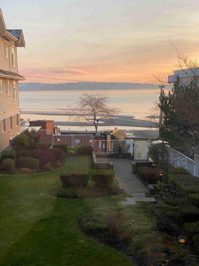 208 15621 MARINE DRIVE - White Rock Apartment/Condo for sale, 2 Bedrooms (R2626160) - #1