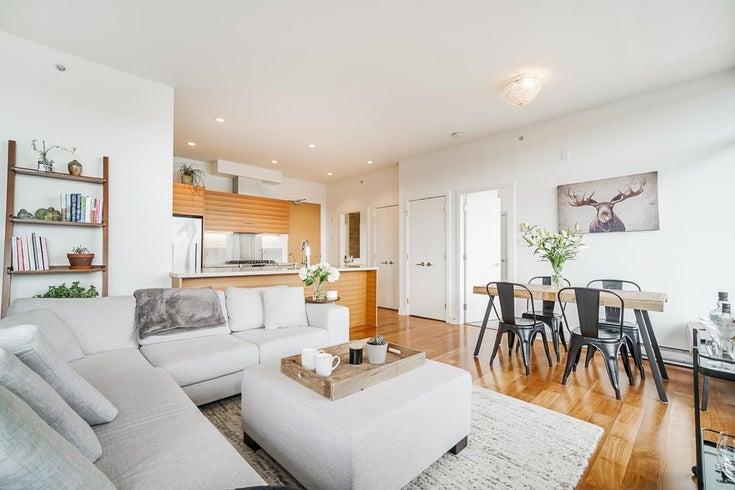 601 1808 W 1ST AVENUE - Kitsilano Apartment/Condo for sale, 1 Bedroom (R2626242)