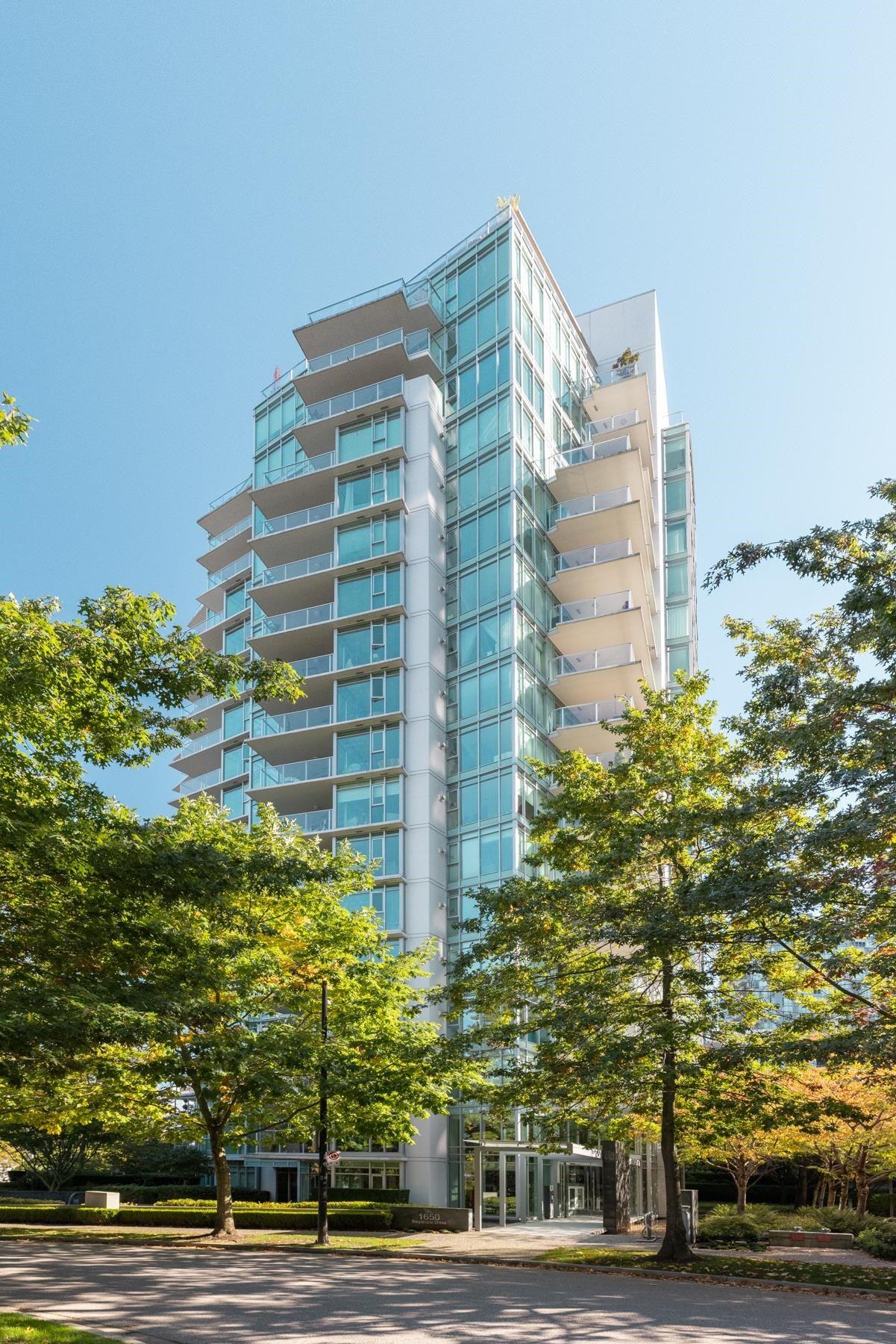 404 1650 BAYSHORE DRIVE - Coal Harbour Apartment/Condo for sale, 2 Bedrooms (R2626262)