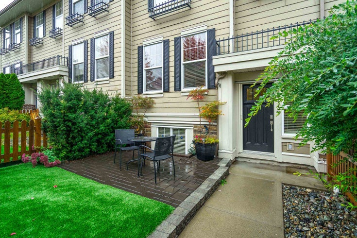 21135 80 AVENUE - Willoughby Heights Row House (Non-Strata) for sale, 3 Bedrooms (R2626349)