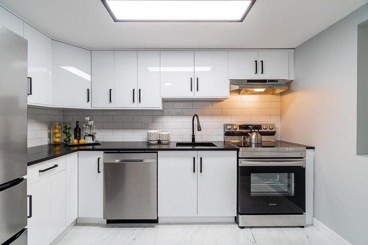 308 8068 120A STREET - Queen Mary Park Surrey Apartment/Condo for sale, 1 Bedroom (R2626352)