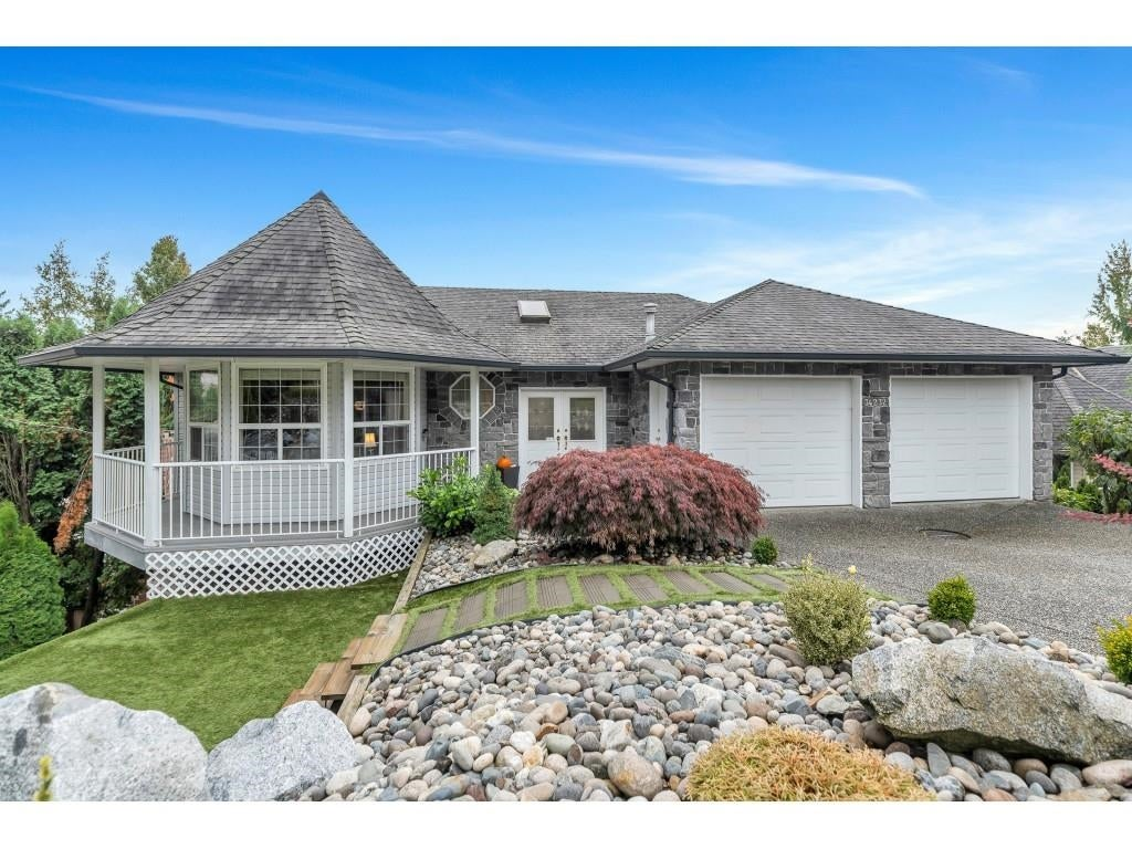 34232 FRASER STREET - Central Abbotsford House/Single Family for sale, 6 Bedrooms (R2626353) - #1