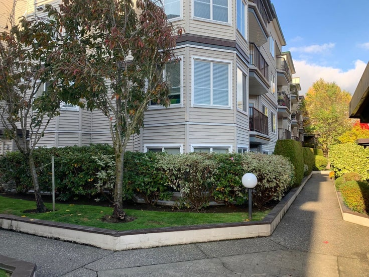 105 5765 GLOVER ROAD - Langley City Apartment/Condo for sale, 2 Bedrooms (R2626356)