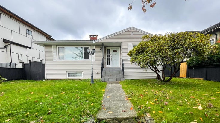 4557 PARKER STREET - Brentwood Park House/Single Family for sale, 2 Bedrooms (R2626378)