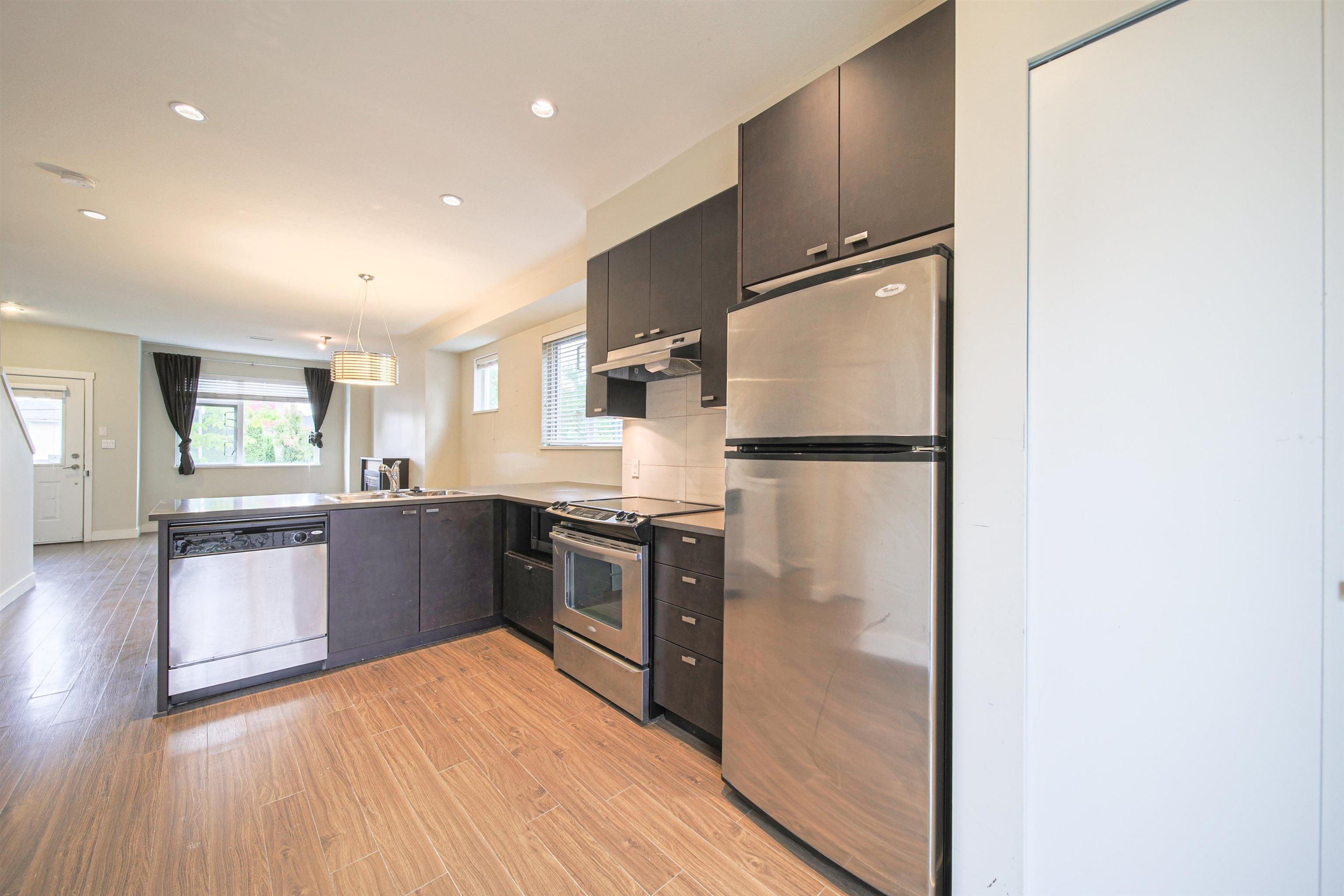 8 4099 NO. 4 ROAD - West Cambie Townhouse for sale, 3 Bedrooms (R2626487)