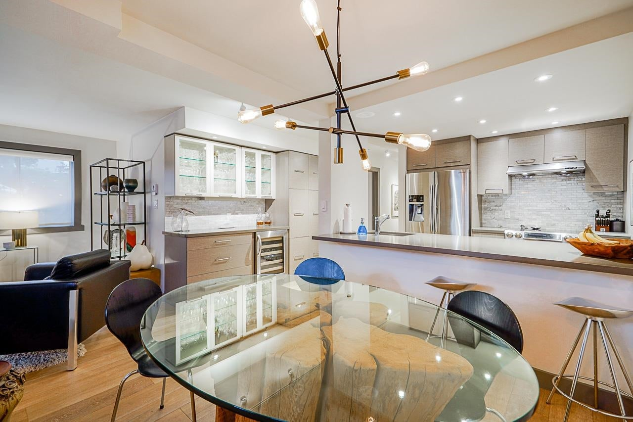 107 1508 MARINER WALK - False Creek Apartment/Condo for sale, 2 Bedrooms (R2626506) - #1