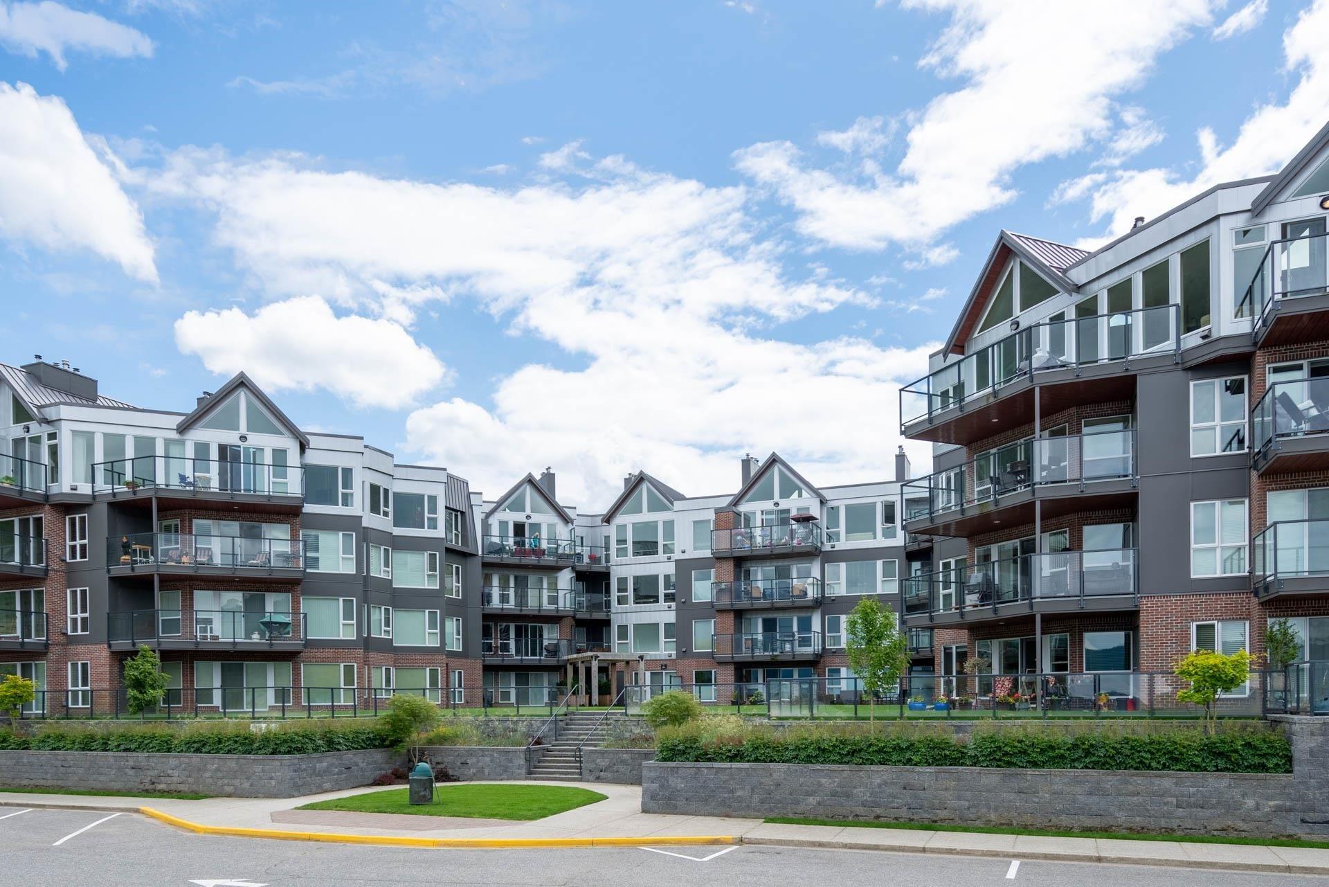 218 378 ESPLANADE AVENUE - Harrison Hot Springs Apartment/Condo for sale, 2 Bedrooms (R2626609) - #1