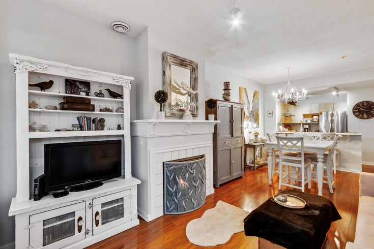 305 3038 E KENT (SOUTH) AVENUE - South Marine Apartment/Condo for sale, 1 Bedroom (R2626628)