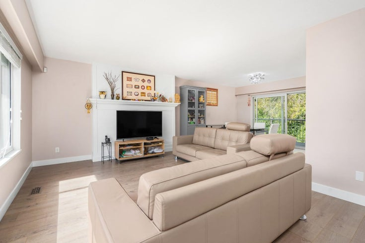 2625 NOEL DRIVE - Oakdale House/Single Family for sale, 4 Bedrooms (R2626640)