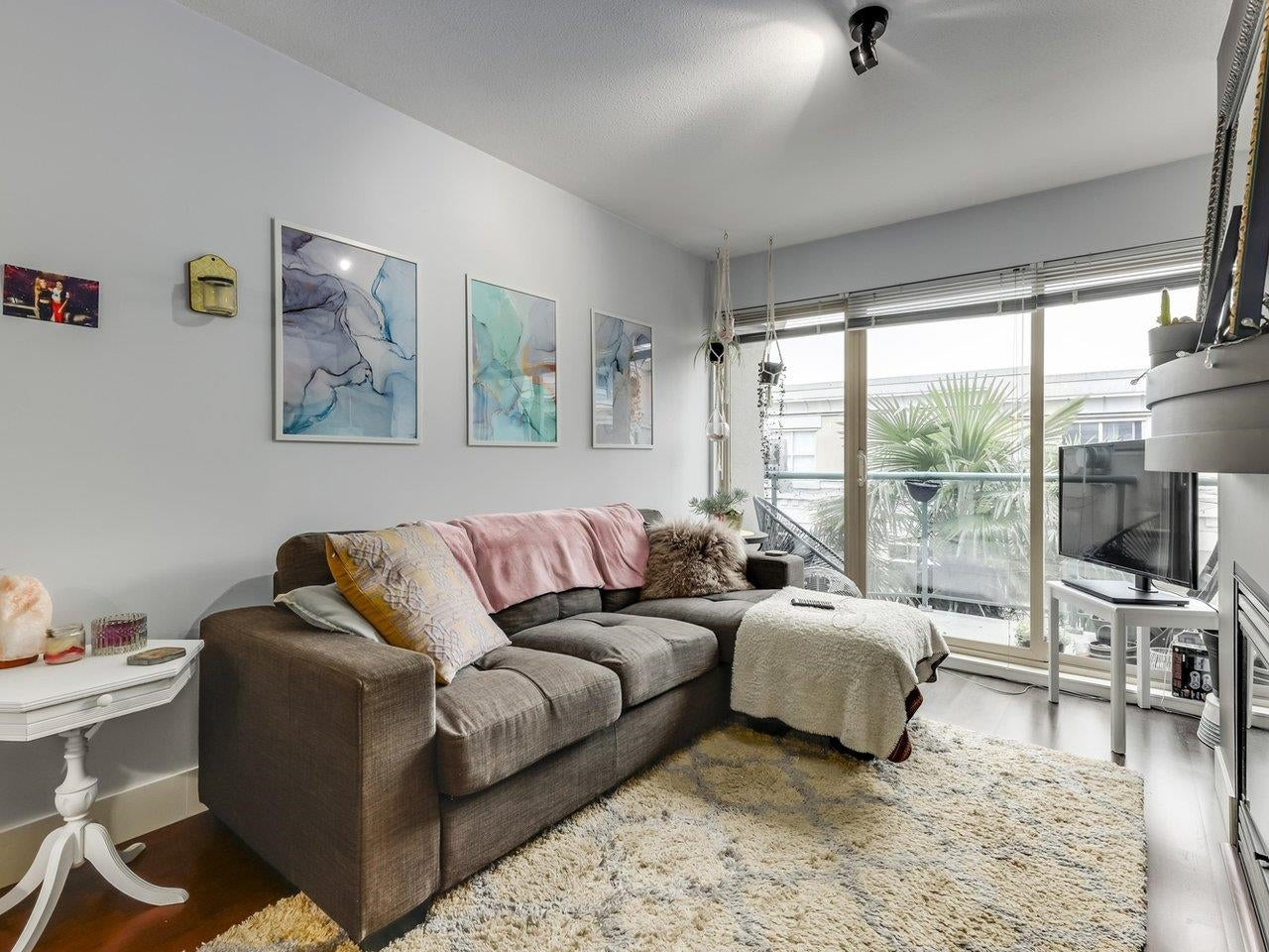 323 332 LONSDALE AVENUE - Lower Lonsdale Apartment/Condo for sale, 2 Bedrooms (R2626678) - #1