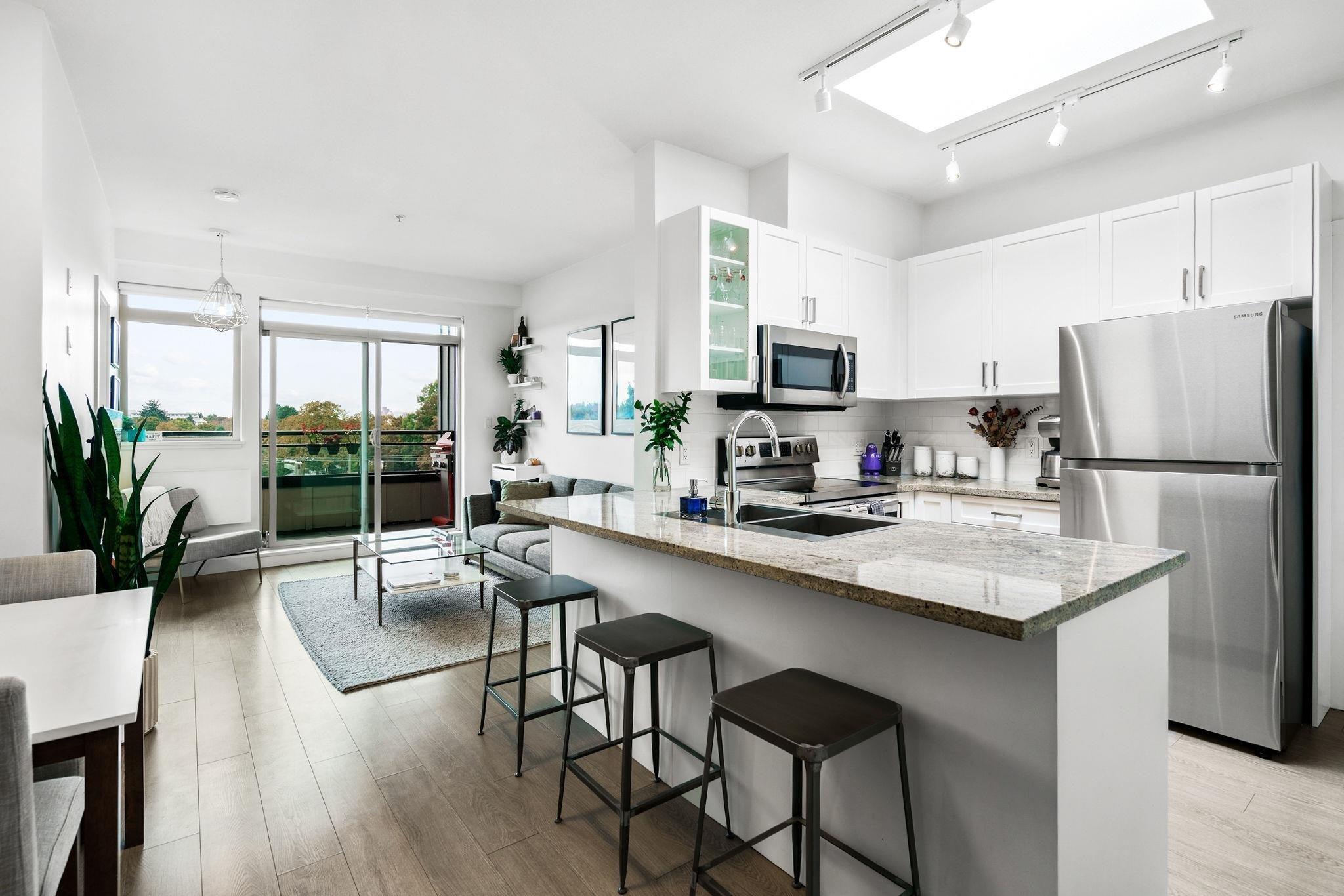 PH15 688 E 17TH AVENUE - Fraser VE Apartment/Condo for sale, 2 Bedrooms (R2626698) - #1