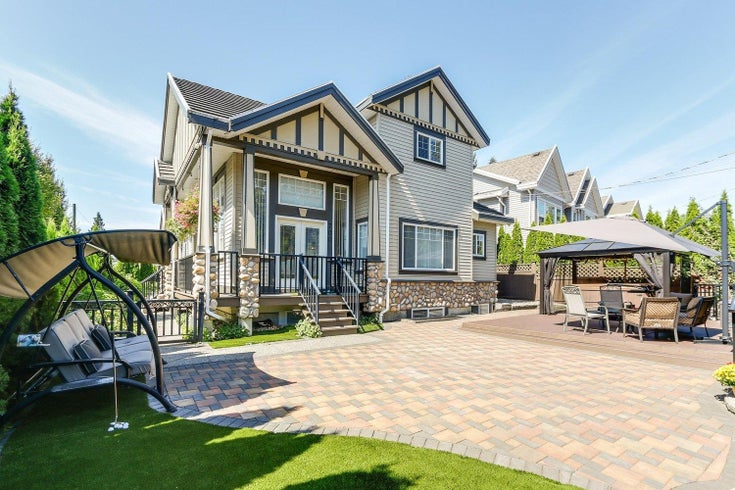 700 GUILTNER STREET - Coquitlam West House/Single Family for sale, 6 Bedrooms (R2626710)
