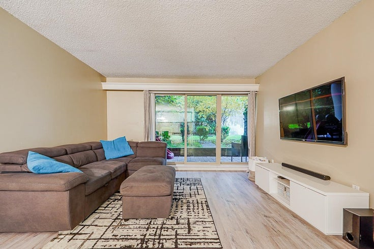 218 9857 MANCHESTER DRIVE - Cariboo Apartment/Condo for sale, 2 Bedrooms (R2626741)