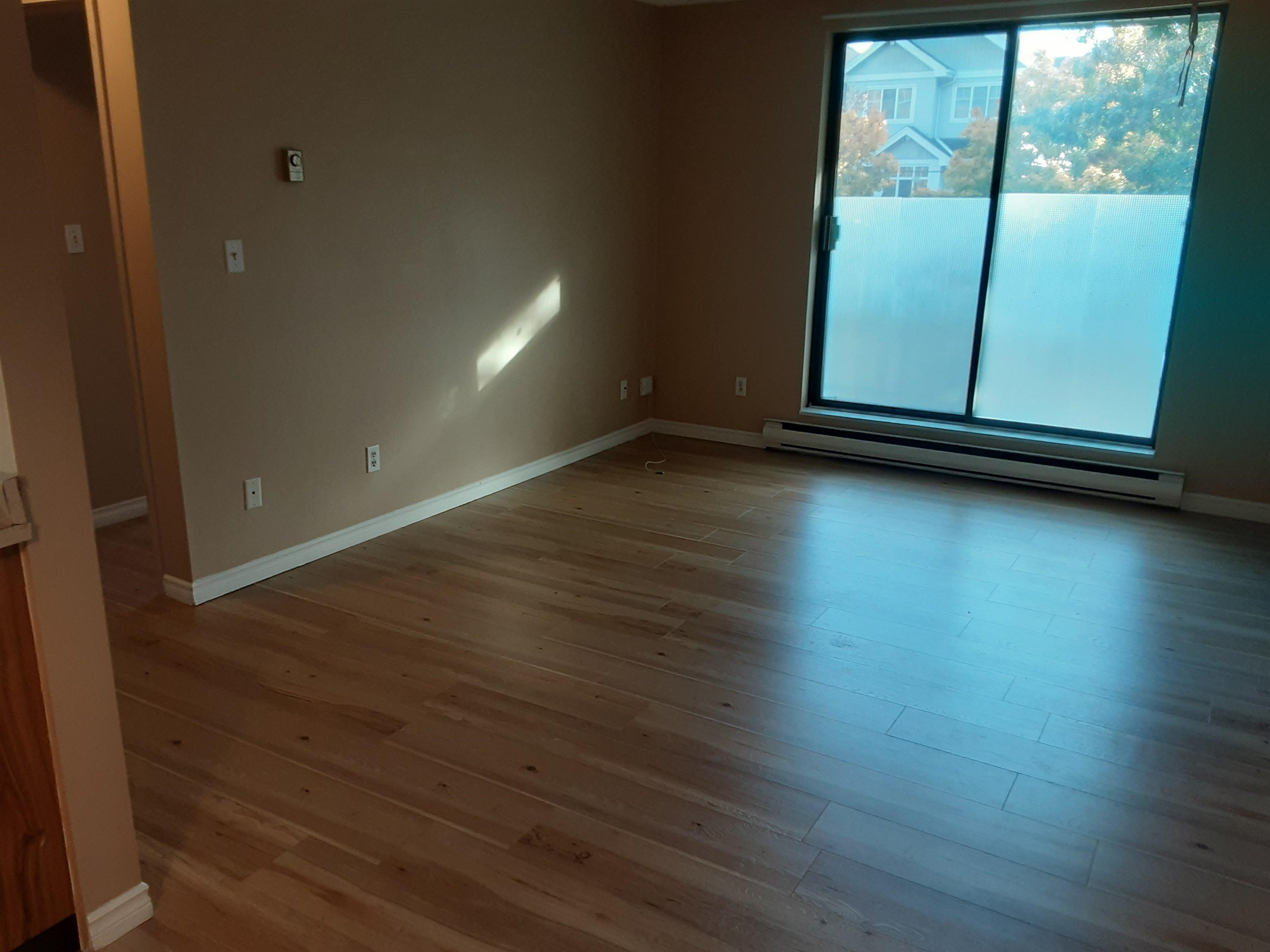 110 8391 BENNETT ROAD - Brighouse South Apartment/Condo for sale, 1 Bedroom (R2626908)