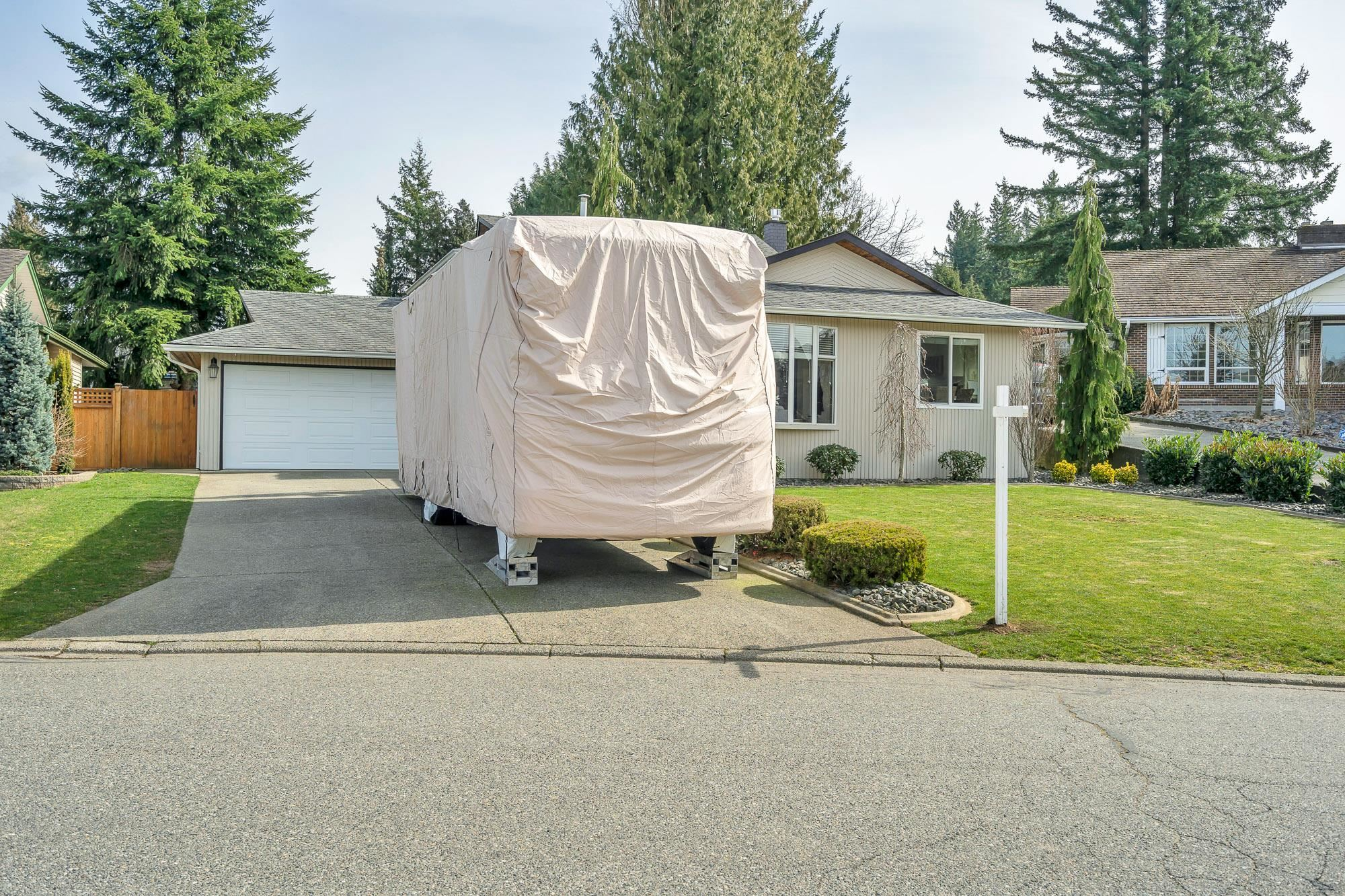 32726 BELLVUE CRESCENT - Central Abbotsford House/Single Family for sale, 4 Bedrooms (R2627062) - #1