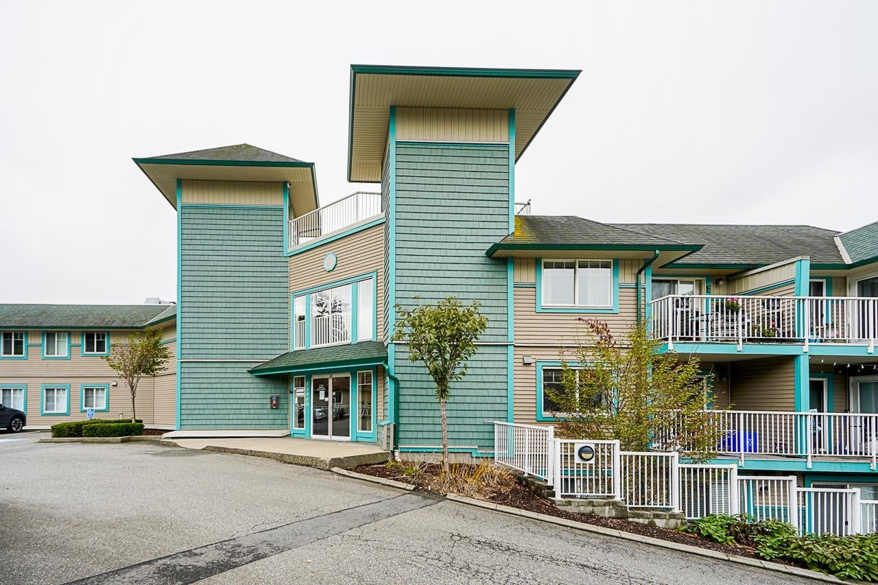 305 33960 OLD YALE ROAD - Central Abbotsford Apartment/Condo for sale, 2 Bedrooms (R2627136) - #1