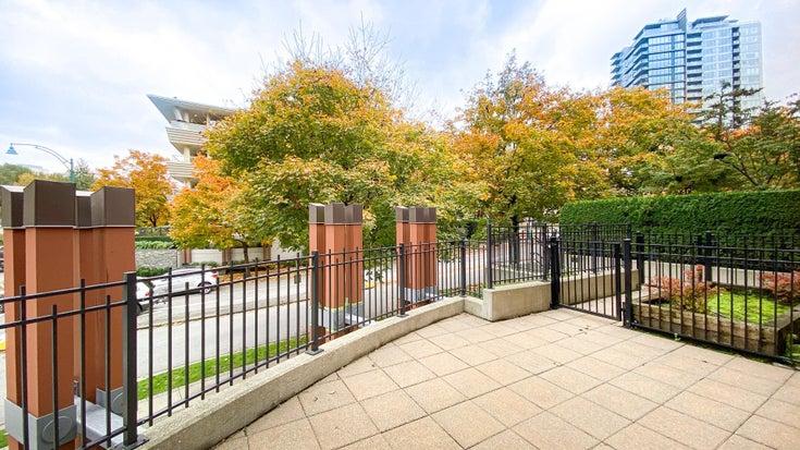 106 700 KLAHANIE DRIVE - Port Moody Centre Apartment/Condo for sale, 2 Bedrooms (R2627146)