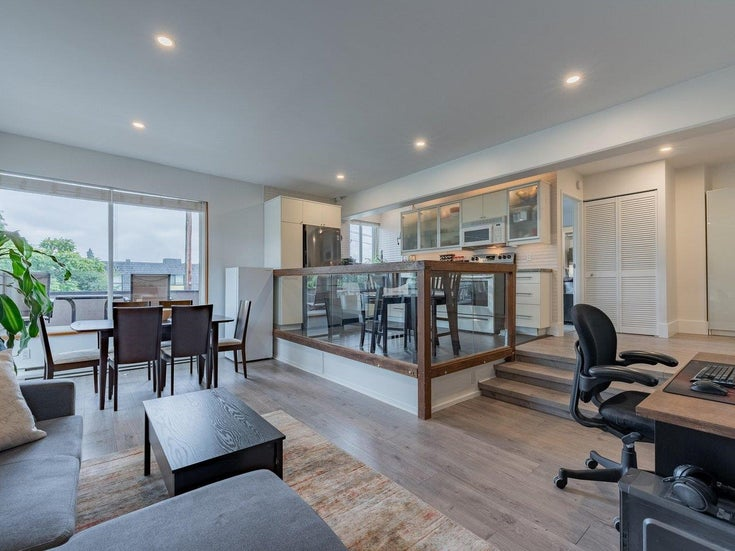 306 341 MAHON AVENUE - Lower Lonsdale Apartment/Condo for sale, 1 Bedroom (R2627199)