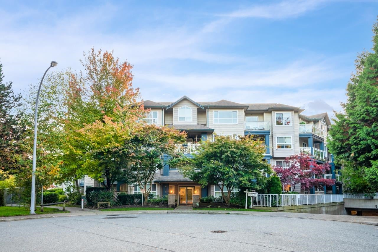 408 8115 121 A STREET - Queen Mary Park Surrey Apartment/Condo for sale, 2 Bedrooms (R2627237)
