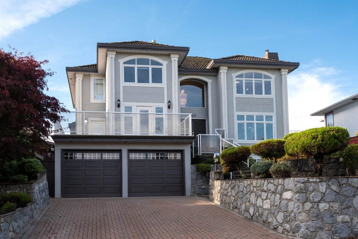 4222 HAZELWOOD CRESCENT - Garden Village House/Single Family for sale, 4 Bedrooms (R2627328)