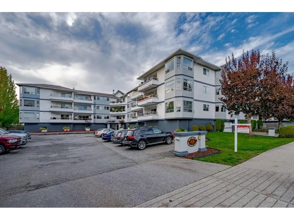 103 5377 201A STREET - Langley City Apartment/Condo for sale, 2 Bedrooms (R2627341) - #1