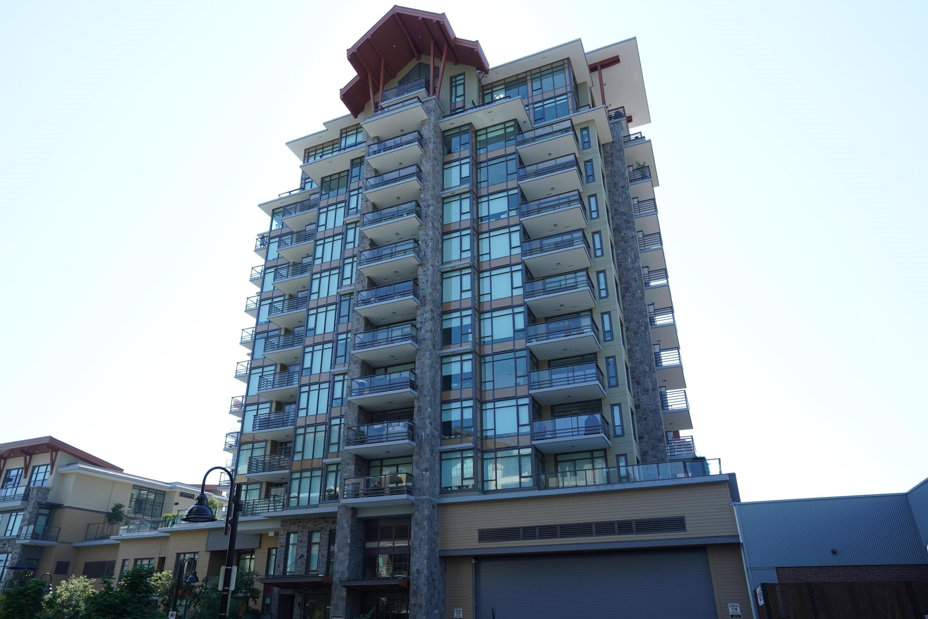 404 2785 LIBRARY LANE - Lynn Valley Apartment/Condo for sale, 2 Bedrooms (R2627344)