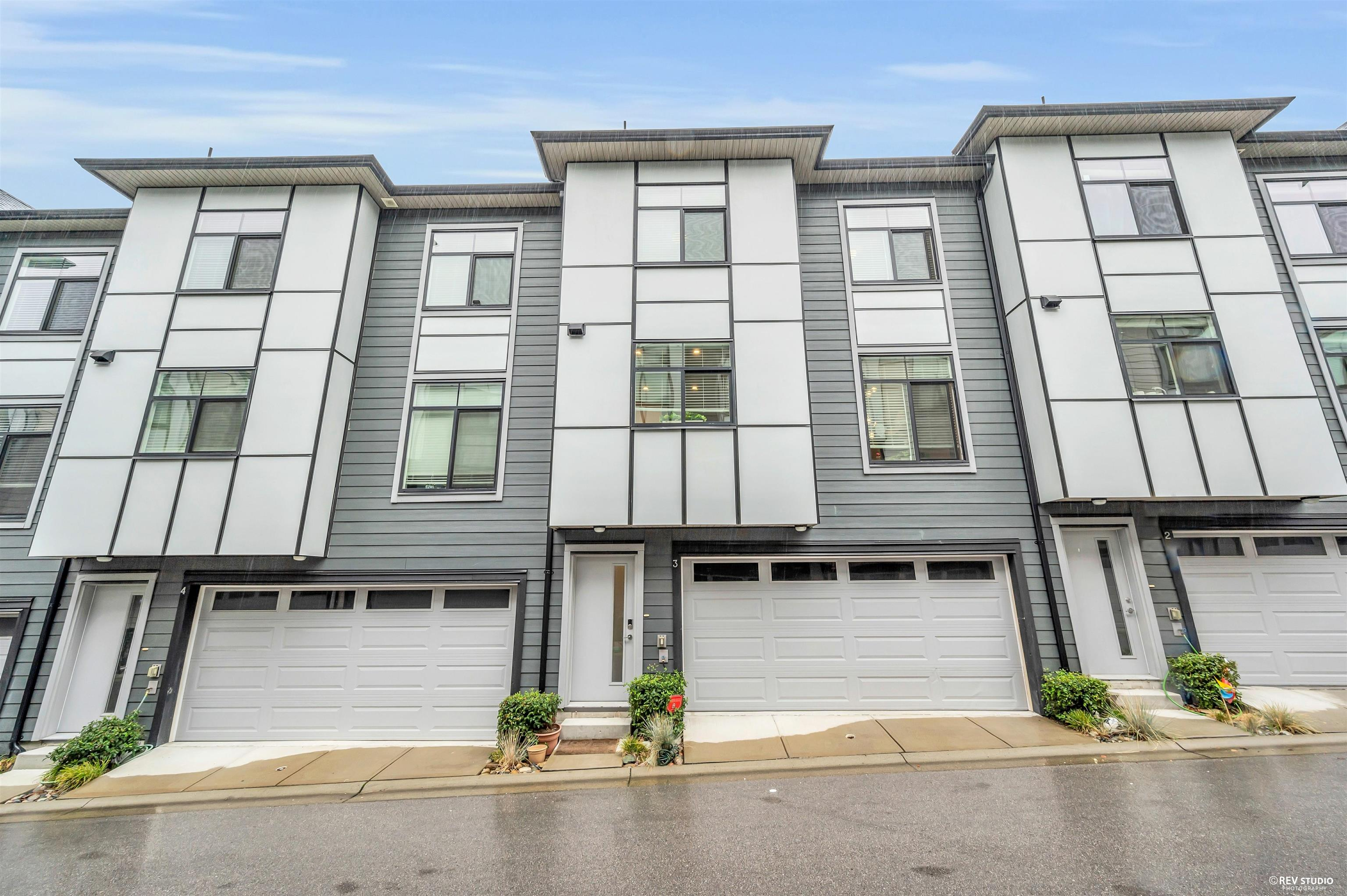3 2427 164 STREET - Grandview Surrey Townhouse for sale, 3 Bedrooms (R2627356)