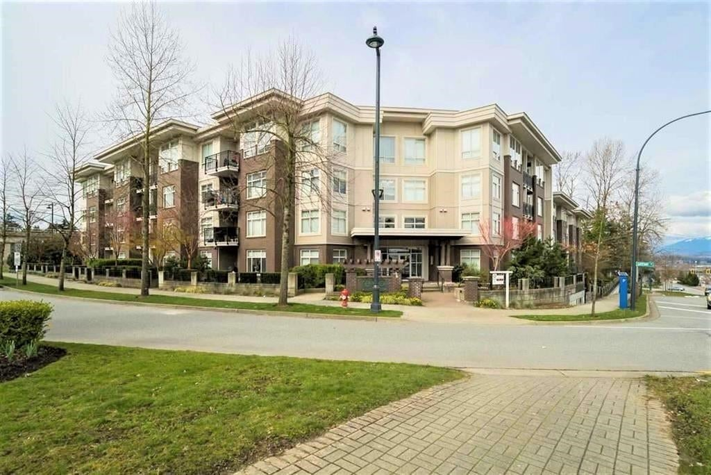 315 13555 GATEWAY DRIVE - Whalley Apartment/Condo for sale, 2 Bedrooms (R2627553)