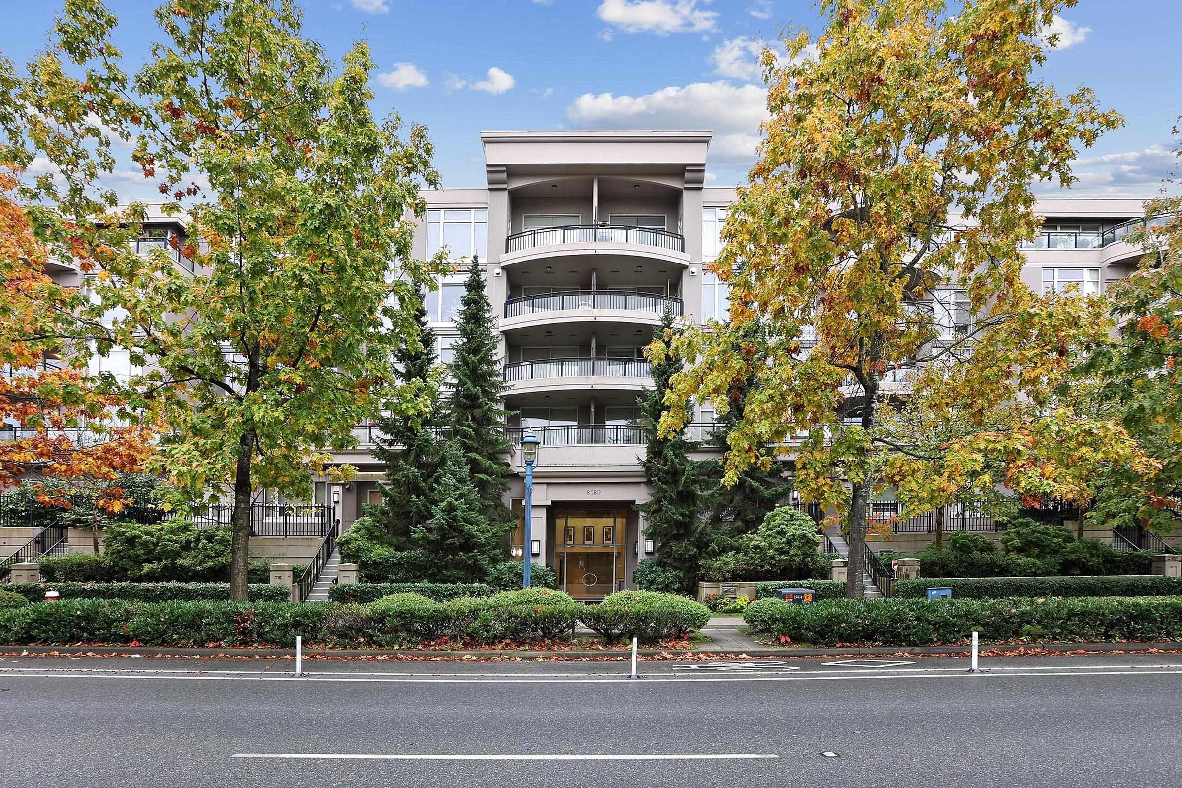 102 8480 GRANVILLE AVENUE - Brighouse South Apartment/Condo for sale, 3 Bedrooms (R2627560)