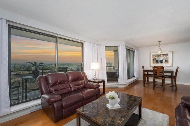 1001 444 LONSDALE AVENUE - Lower Lonsdale Apartment/Condo for sale, 2 Bedrooms (R2627630)