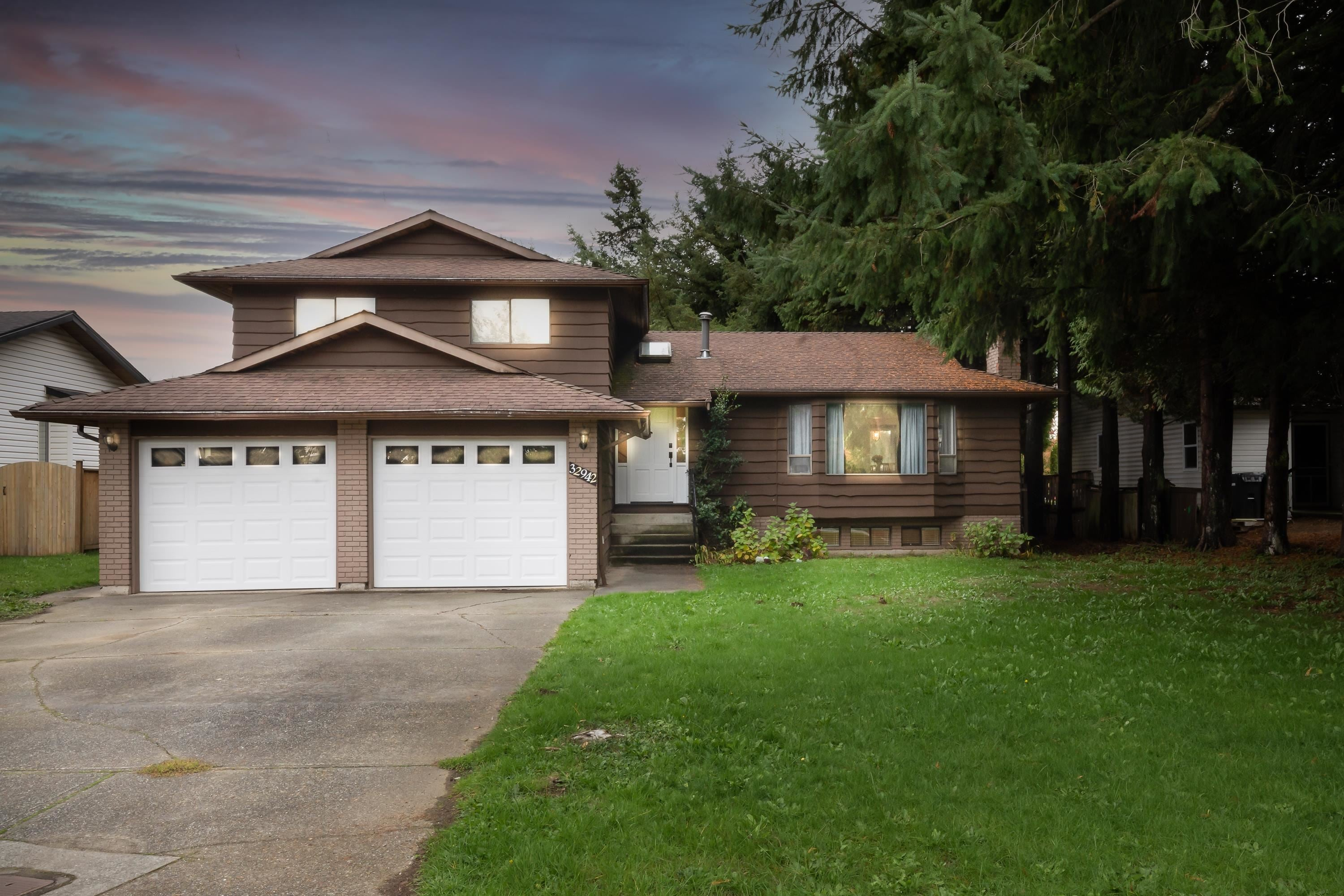 32942 BANFF PLACE - Central Abbotsford House/Single Family for sale, 7 Bedrooms (R2627679) - #1