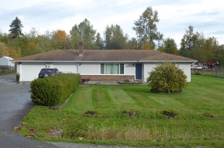 26167 64 AVENUE - County Line Glen Valley House with Acreage for sale, 4 Bedrooms (R2627690)